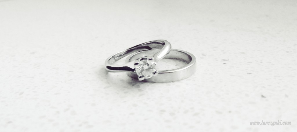 pierścionek i obrączka